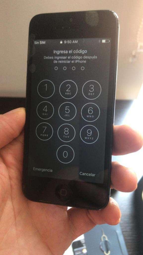 Iphone 5 con caja, manual, audifonos y cargador 0
