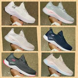Zapatillas sketshers mujer varios colores y estilos nuevas