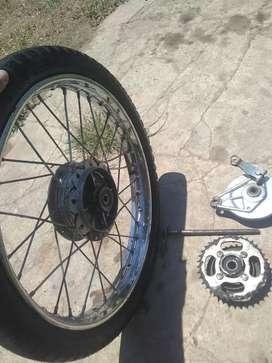 Vendo rueda R 17