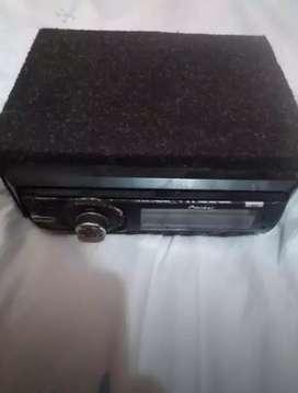 Autorradio piones (incluye caja)