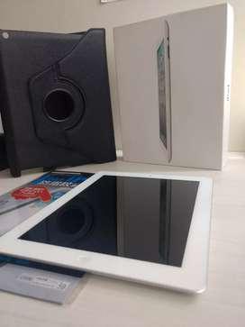 iPad 2 + 16 GB + Forro [Nuevo] + Protector de Pantalla [Nuevo] + Cargador