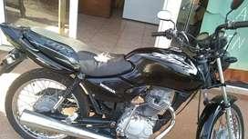 Vendo moto Titan 125cc