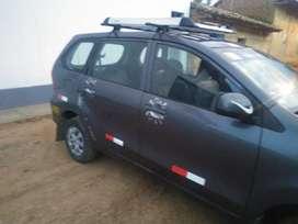 Carro en buen estado ,asiento de cuero,lunas electricas ,sistema dual .