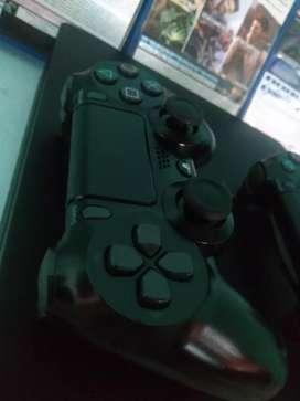 Vendo Playstation 4 Slim