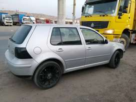 Vendo VW Golf mk4 2002