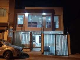 Amplia y elegante casa a estrenar de 4 habitaciones