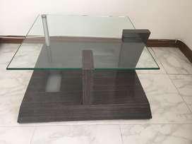 Mesa de centro tapa en vidrio