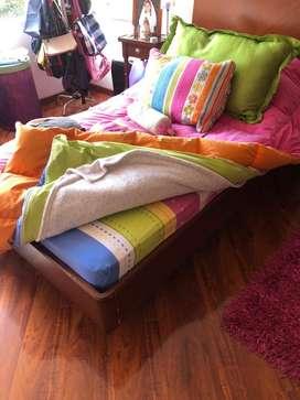 Vendo dos camas sencillas -madera 100%