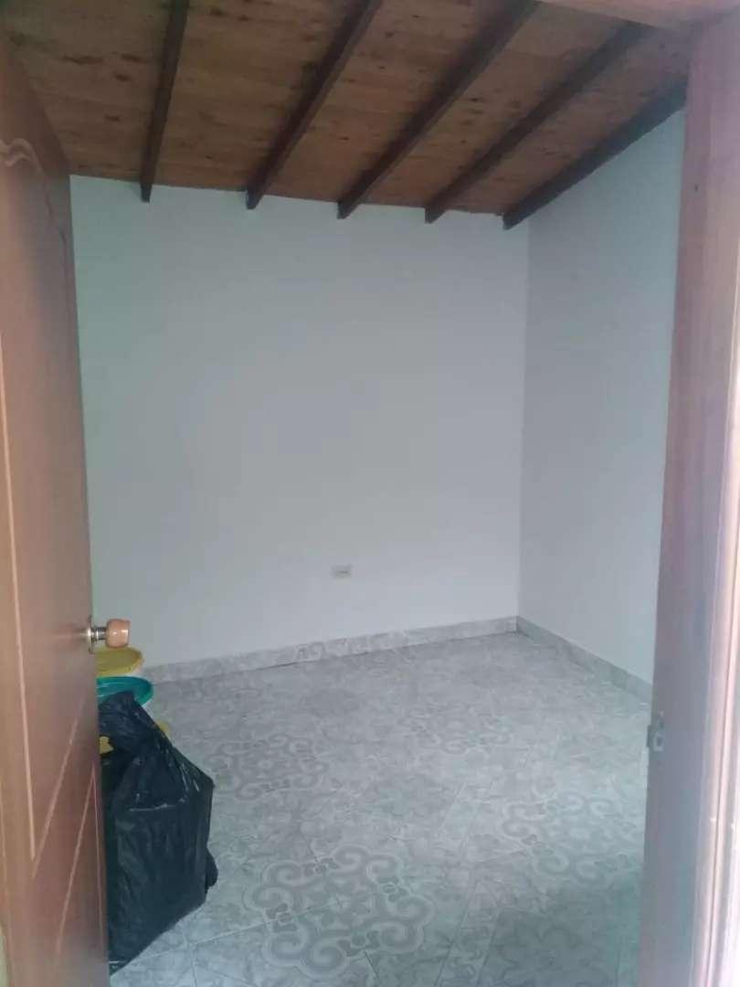 Alquilo Casa 0