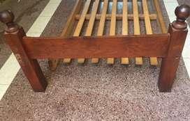 Cama de una plaza con colchón