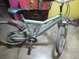 se vende biciclete