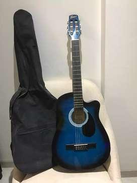 Vendo Guitarra Electroacústica marca Freedom