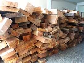 Vendo 11mil pies de cedro  o permuto por vehiculo