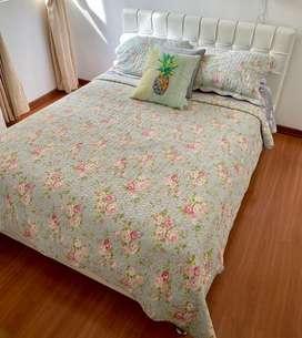 Vendo cama doble con colchon spring