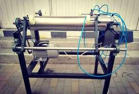 Maquina rebobinado a para vinipel estrech