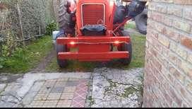 Tractor fiat 450 invertido bomba hidráulica con hoyadora y mechas nuevas
