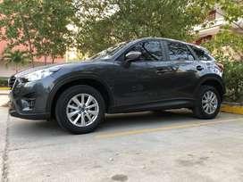 Camioneta Mazda CX5 en excelente estado