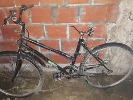 Vendo bici montambay para reparar