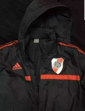 Camperon Adidas River 2014 impecable