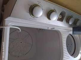 Lavadora de 2 puesto Haceb