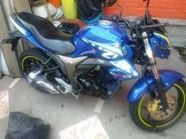 Se vende moto suzuki gixxer como nueva se la vende xq no la uso