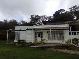 Alquilo Casa quinta en Arbeláez
