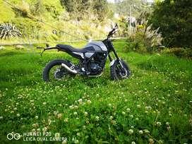 Vendo  o cambio moto nueva por motivos de viaje