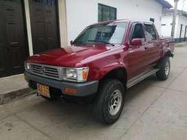 Toyota hilux 4*4 1996