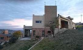 Complejo de cabañas, pileta, jacuzzi mas casa de 3 dorm y parque de 7800m2