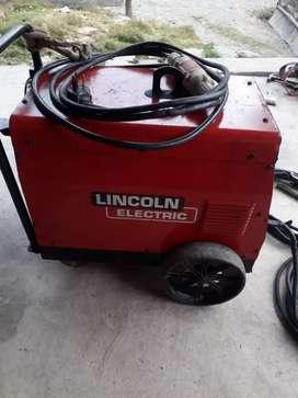 Soldadora Lincoln electric