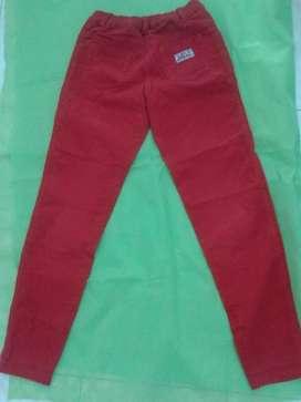 Pantalón T: 8 años - corderoy