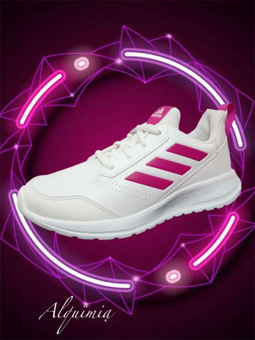 Promo Adidas: Tenis AltaRun K