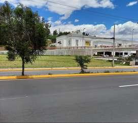 Terreno en Av. General Rumiñahui. Valle de los Chillos Frente al Hypermarket, San Rafael, Sangolqui
