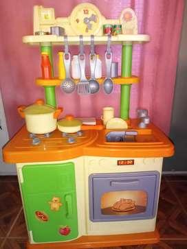 Cocina de juguete de plástico