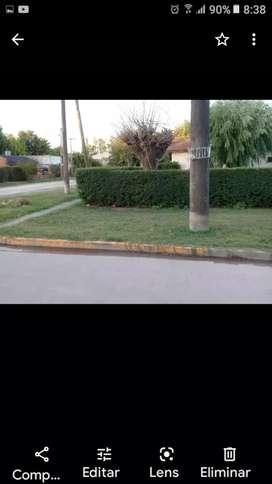 Casa en muy buena ubicación sobre asfalto a dos cuadras de la ruta 40