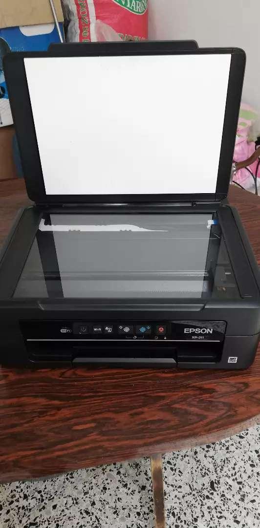 Impresora Epson xp211 para reparar o repuestos
