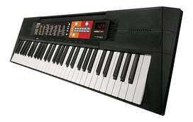 Vendo piano Yamaha  psr f51