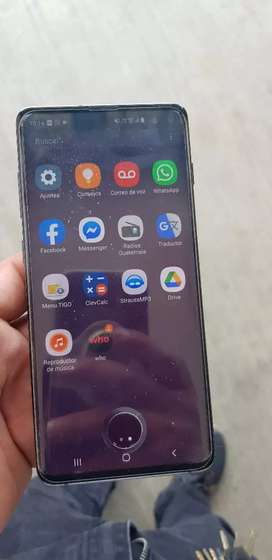 Vendo o canvio por una moto samsung galaxy s10 plus