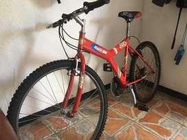 Vendo ciclas roja y azul