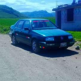Vendo volkswagen Vento semi nuevo