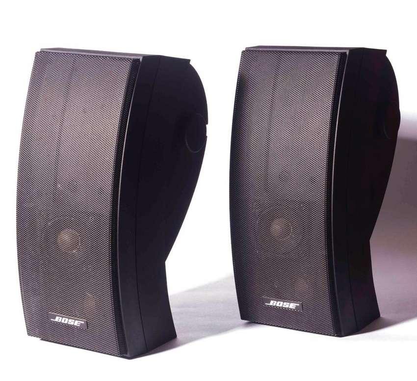 Altavoces - Parlantes Bose 251