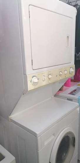 GANGA!! Lavadora secadora.
