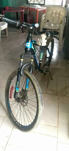 Bicicleta oyama. *aro 26*