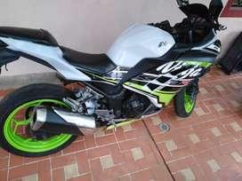 Vendo Moto Kawasaki Ninja 300 Modelo 2014