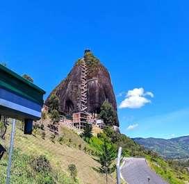 Tour Guatapé y Piedra del Peñol