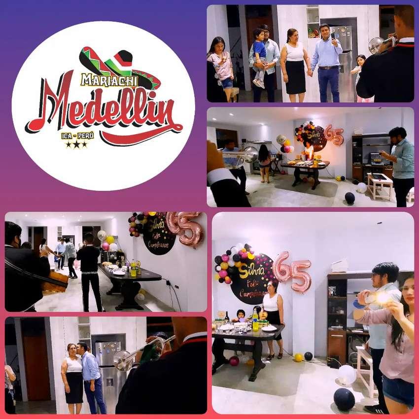 Mariachis de Ica // Mariachi Medellin De Ica - Perú 0