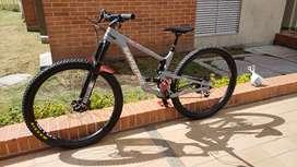 Bicicleta santa cruz hightower 2021