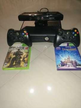 Xbox 360 negro en buen estado y con poco uso