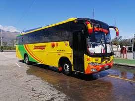 Vendo bus hino fg año 2010 con acciones y derechos