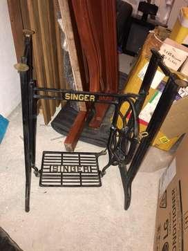 Mesa maquina de coser singer